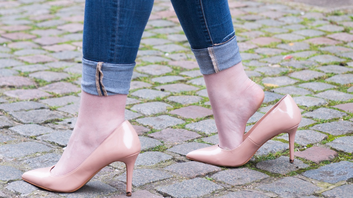 10 ways to stop shoes slipping at the heel